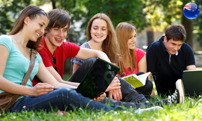 NewZealand-Pathway-Student-Visa-would-help-attract-top-foreign-students.jpg