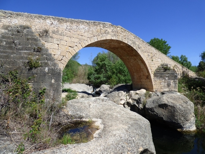 bridge-2255843_960_720.jpg