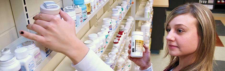 pharmacytechnician05.jpg